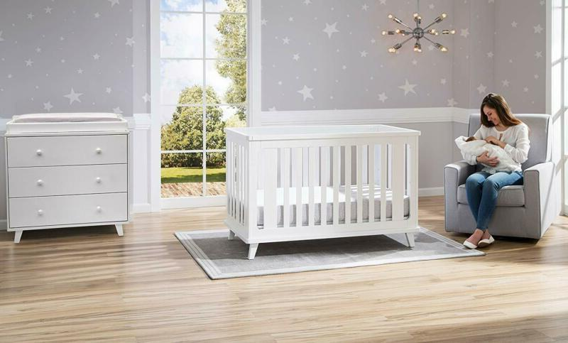 Delta Children 3-In-1 Convertible Baby White
